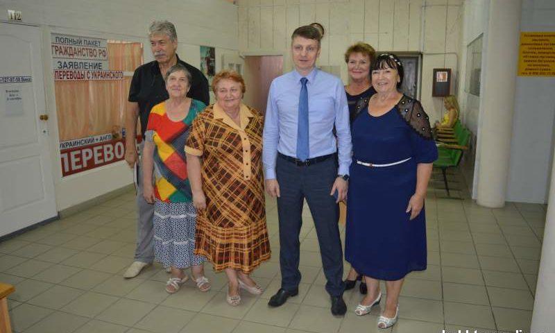 Глава администрации города Шахты посетил офис Шахтинской организации «Союза женщин России»