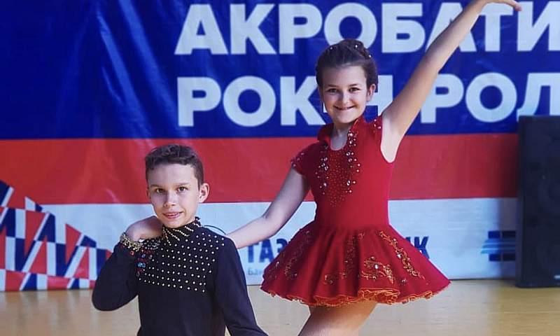 Шахтинские рок-н-ролльщики едут покорять Ростовскую область с новой программой