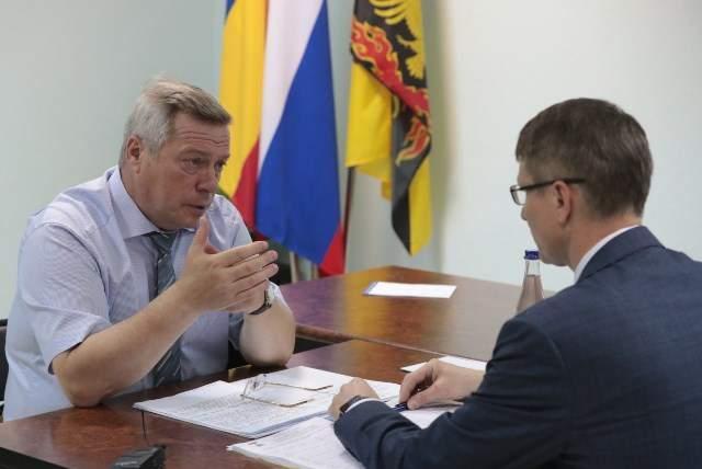 Губернатор выделил более 9 млн рублей на замену аварийного участка водовода в Шахтах