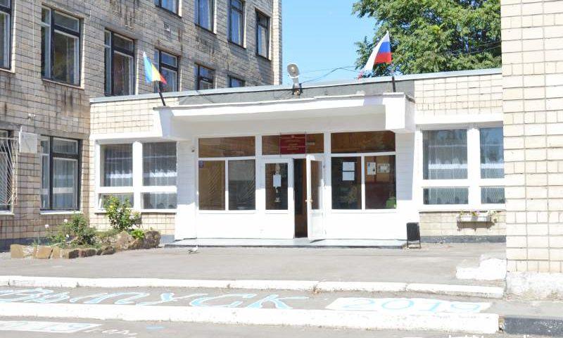 Ремонт кровли в школе №41 г. Шахты должен быть завершен к середине октября