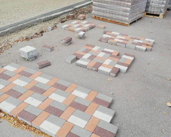 Работы по реконструкции Александровского парка г. Шахты продолжаются