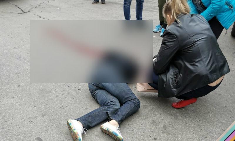 В городе Шахты на улице Шевченко водитель «Хендай Крета» сбила насмерть пешехода