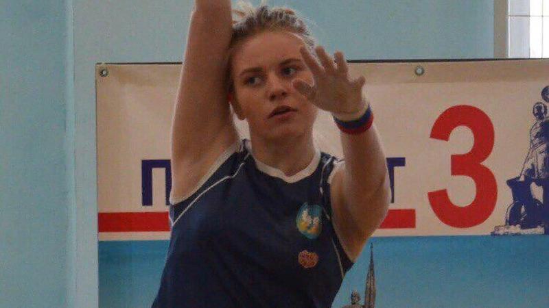 В Шахтах появилась первая девушка – кандидат в мастера спорта по гиревому спорту
