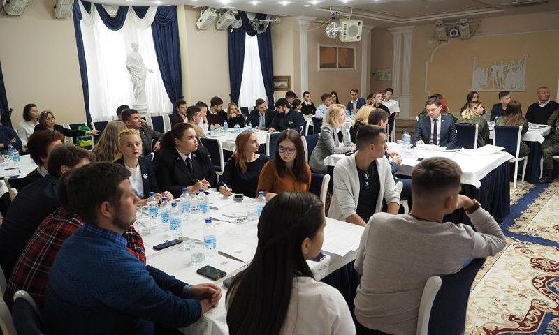 Шахтинцы обсудили музейный комплекс «Самбекские высоты»