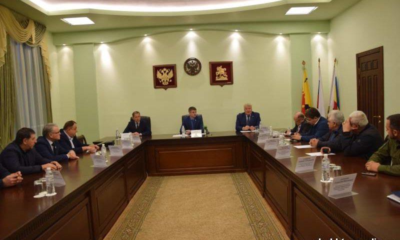 Национальные диаспоры  г. Шахты обсудили  с главой администрации и депутатами вопросы совместного сотрудничества