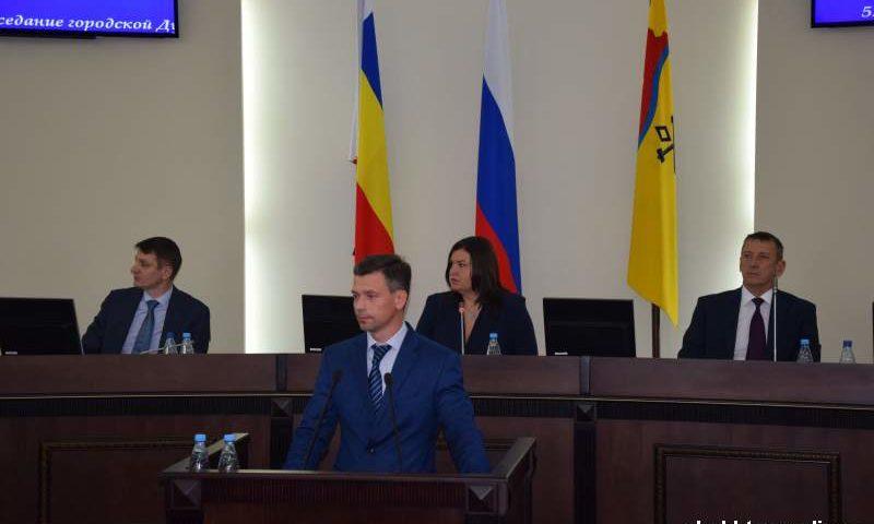 27,4 тысячи рублей составила средняя заработная плата в городе  Шахты по итогам полугодия