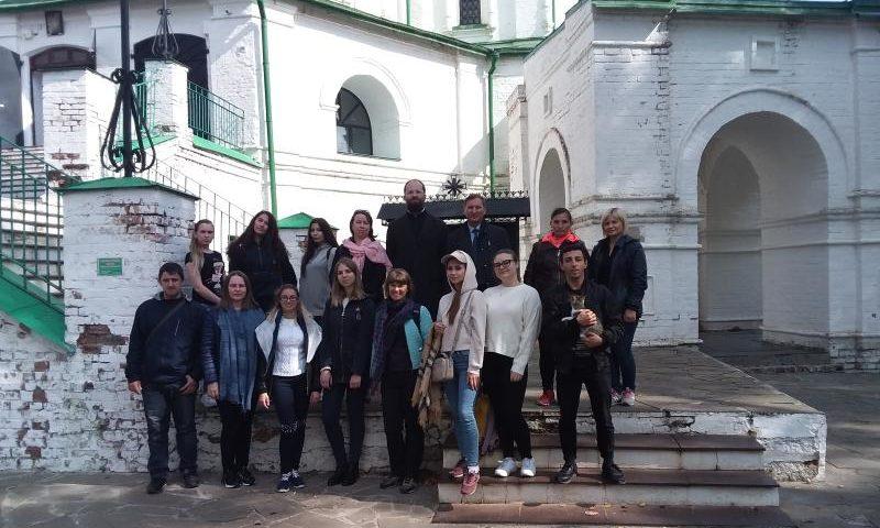 В Шахтах реализуется экскурсионно-воспитательный проект «Святыни родного края»