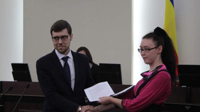 Молодежный парламент подписал соглашение о сотрудничестве с библиотекой им. А.С.Пушкина