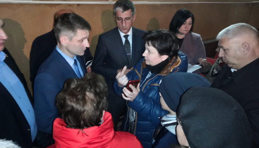 Глава администрации г. Шахты провел информационную встречу с жителями поселка ГРЭС
