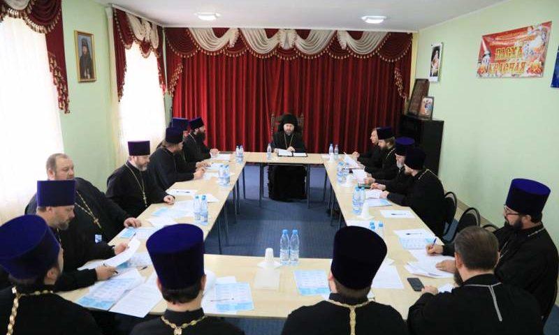 На Епархиальном совете обсудили план  тематических мероприятий к празднованию 75-летия Великой Победы