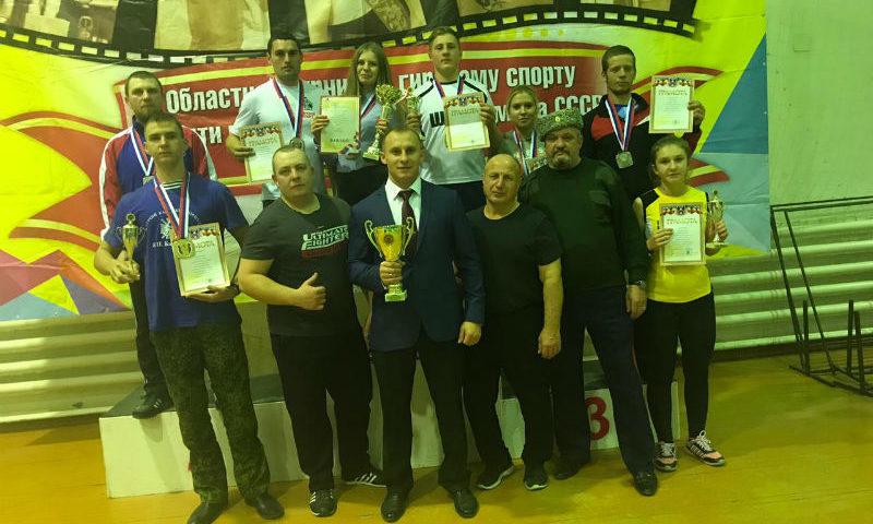 Шахтинцы заняли общекомандное второе место на областном турнире по гиревому спорту