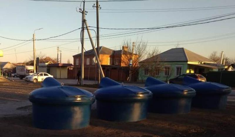 Заглубленные контейнеры для ТКО установлены на улице Красинская