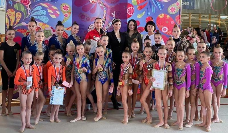 В Шахтах прошли соревнования по художественной гимнастике