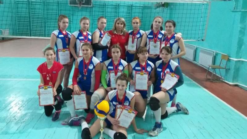 В Шахтах в седьмой раз прошел открытый турнир по волейболу