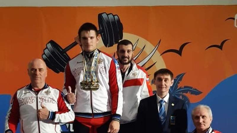 Шахтинский тяжелоатлет Иван Саламатин одержал победу на Первенстве Европы