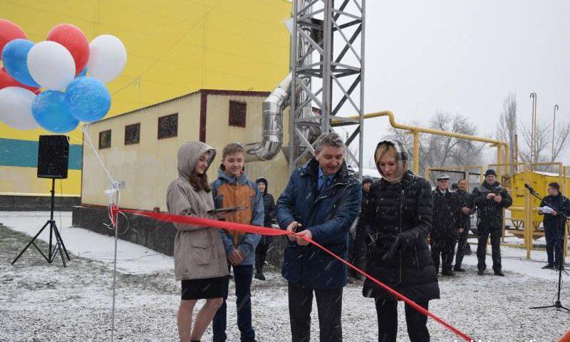 Возле спорткомплекса «Артемовец» г. Шахты открылась всепогодная площадка