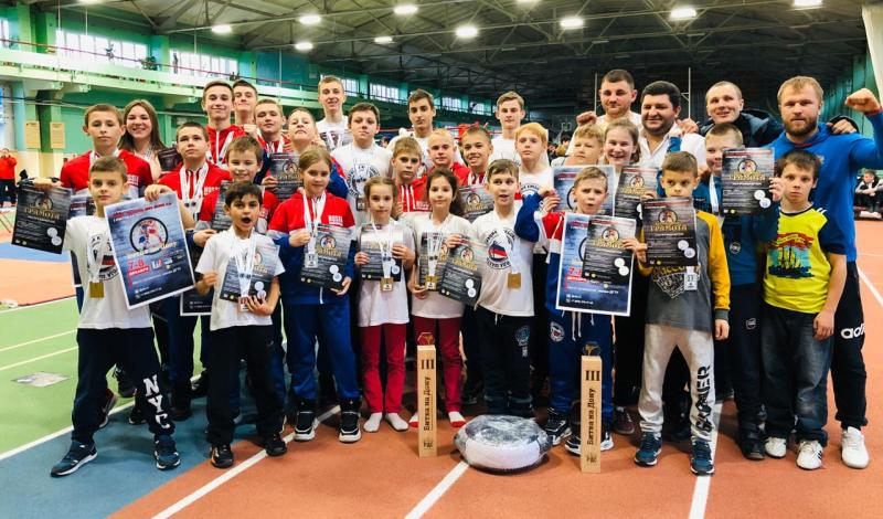 Сборная команда по кикбоксингу г.Шахты завоевала  15 золотых, 7 серебряных, 9 бронзовых наград