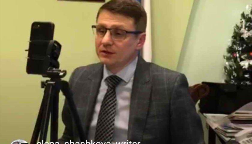 Глава администрации г. Шахты Андрей Ковалев ответил на вопросы жителей в прямом эфире  и рассказал о том,  какую музыку любит слушать
