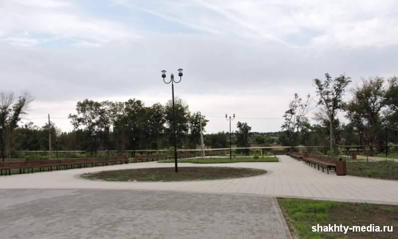 Озеленение сквера по ул. Административная г.Шахты продолжится весной