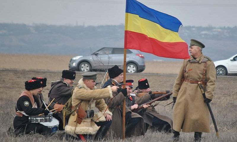 В Ростовской области прошли дни памяти полковника Василия Чернецова и его отряда