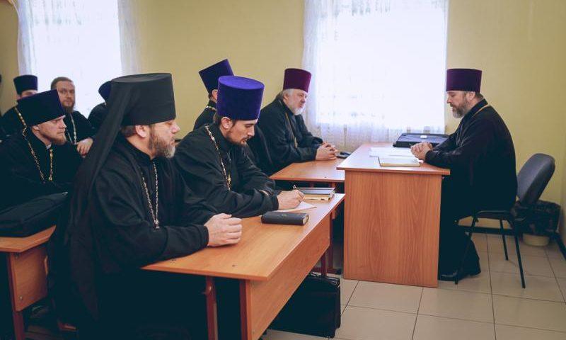 На собрании  духовников было рекомендовано улучшить качество работы в вопросах казачества