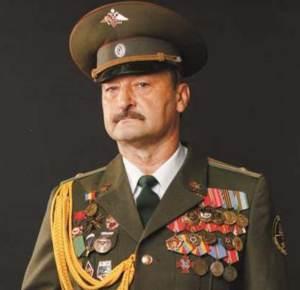 Руководитель отряда «Ратобор» г.Шахты Алексей Маслов награжден знаком «За отличие в поисковом движении»
