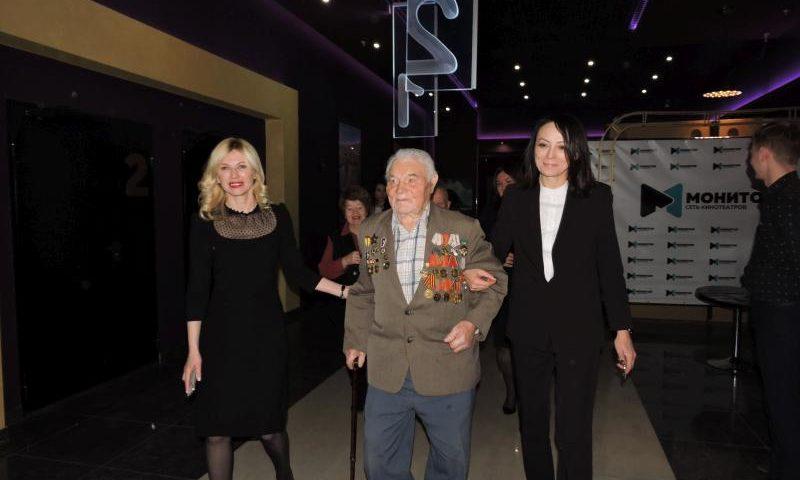 В Шахтах стартовала акция бесплатных показов  золотого фонда российского кино о Великой Победе
