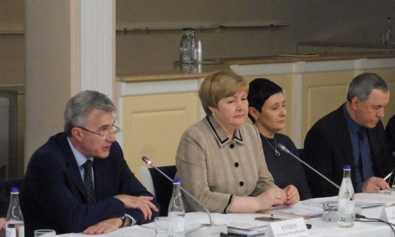Меры поддержки семей на Дону будут усилены