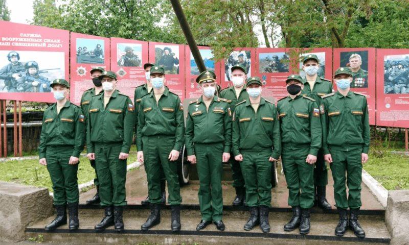 10 новобранцев-казаков отправились служить в 150-ю Идрицко-Берлинскую ордена Кутузова II степени мотострелковую дивизию