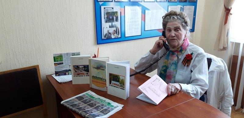 Шахтинские поэты поздравили ветеранов с Днем Победы