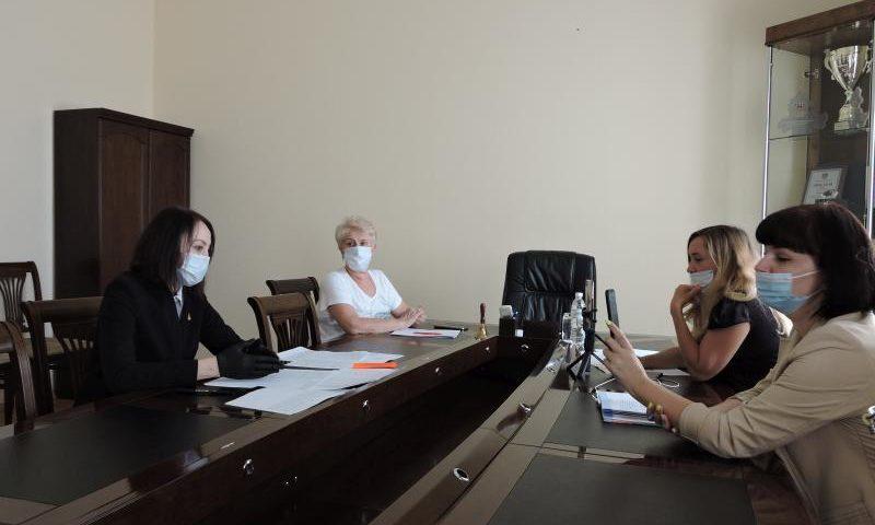 Стали известны подробности о 10 заболевших коронавирусом в городе Шахты (ВИДЕО)