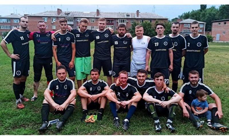 В Шахтах стартовал десятый сезон чемпионата города по футболу