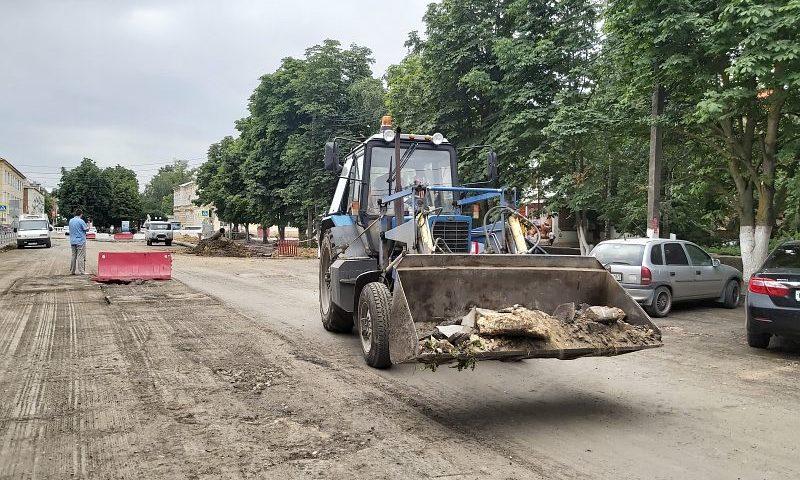 В городе Шахты капитальный ремонт улицы Шевченко планируют завершить к октябрю