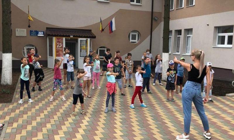 ГДДТ приглашает девчонок и мальчишек принять участие в дистанционных конкурсах