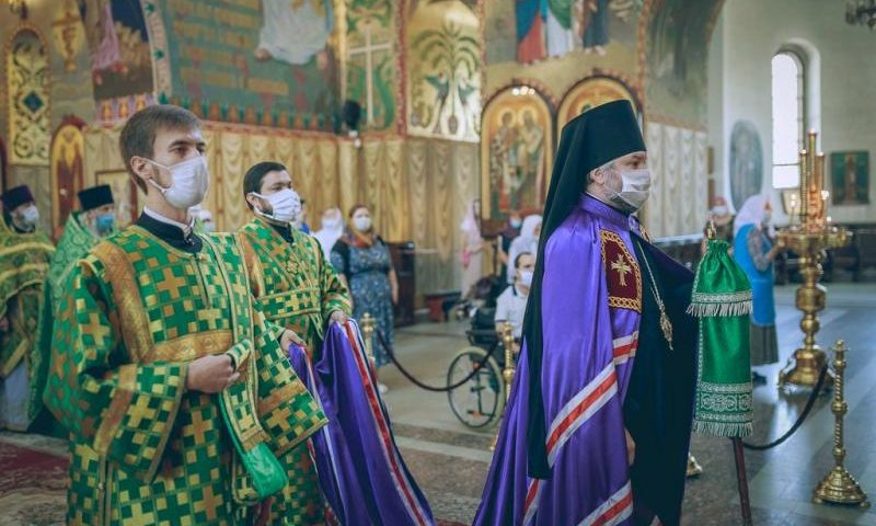 Шахтинская епархия отметила шестилетнюю годовщину архиерейского служенияепископа Симона