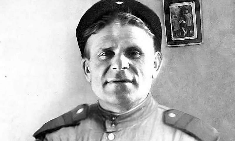 За героизм в годы войны Григорий Бабенко награжден орденом Красной Звезды