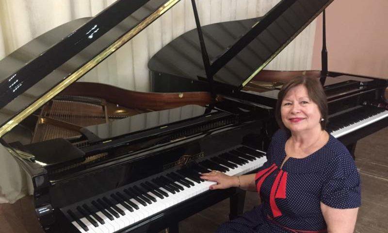В Шахтинском музколледже два новых рояля