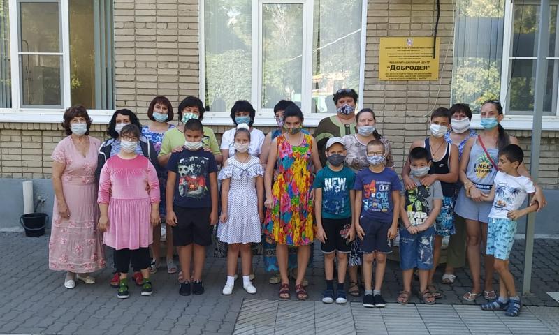 Воспитанники центра «Добродея» отдыхали в станице Манычской