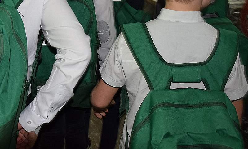 Роспотребнадзор консультирует шахтинцев по вопросам  безопасности школьных принадлежностей