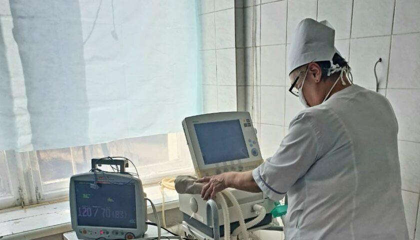 Шесть женщин и семь мужчин заболели коронавирусом в Шахтах