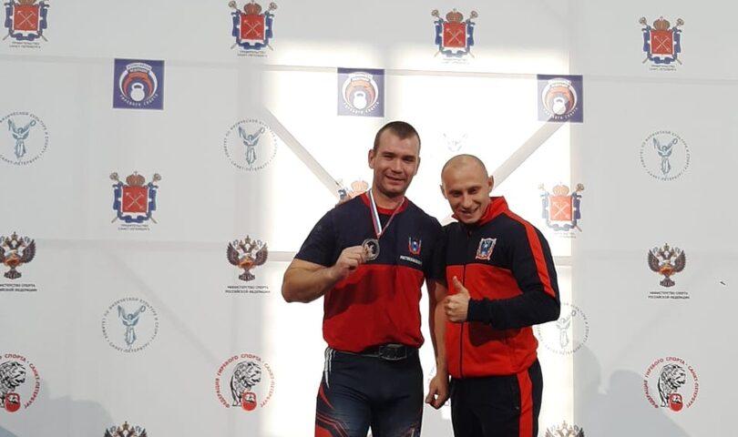 Шахтинец стал чемпионом России по гиревому спорту