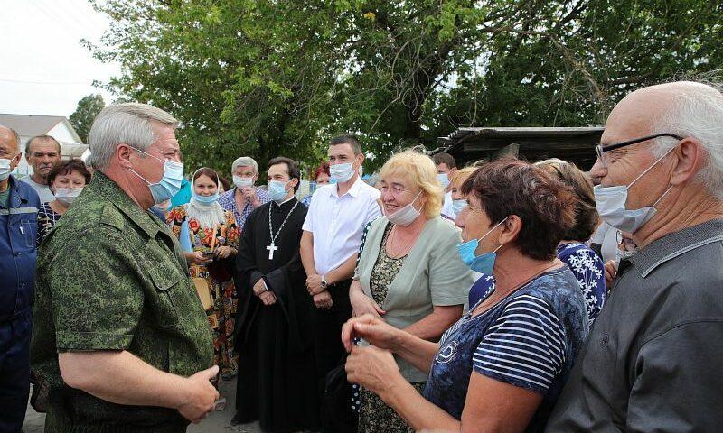 Губернатор Ростовской области дал поручение обеспечить жильем пострадавших от огня дончан