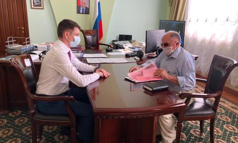 Глава администрации г.Шахты встретился с руководителями диаспор