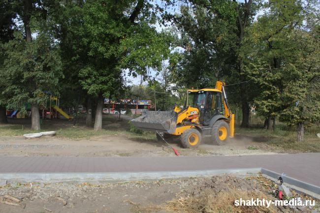 Сухой фонтан появится в Александровском парке до конца года