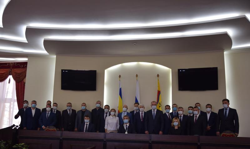 Городская Дума г. Шахты седьмого созыва: как распределились главные посты?