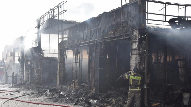 В пожаре в поселке ХБК пострадали 17 ларьков