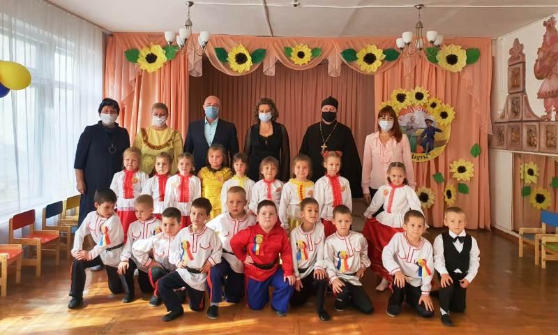 Воспитанников детского сада №28 посвятили в казачата