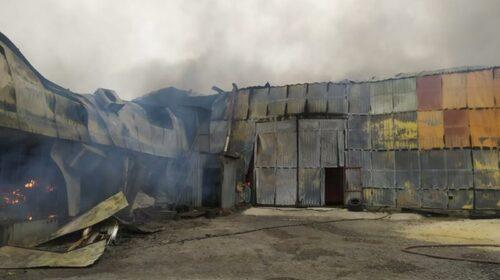 В Шахтах сгорел цех по переработке пуха