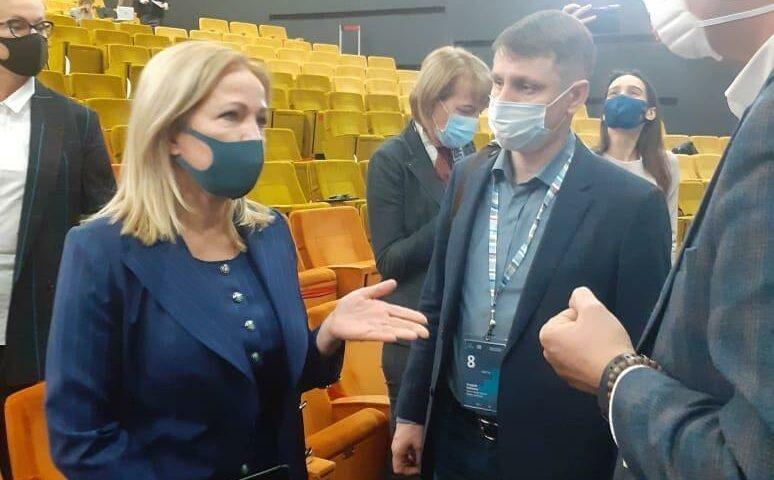 Глава администрации г.Шахты встретился с генеральным директором НКО «Фонд развития моногородов» Ириной Макиевой