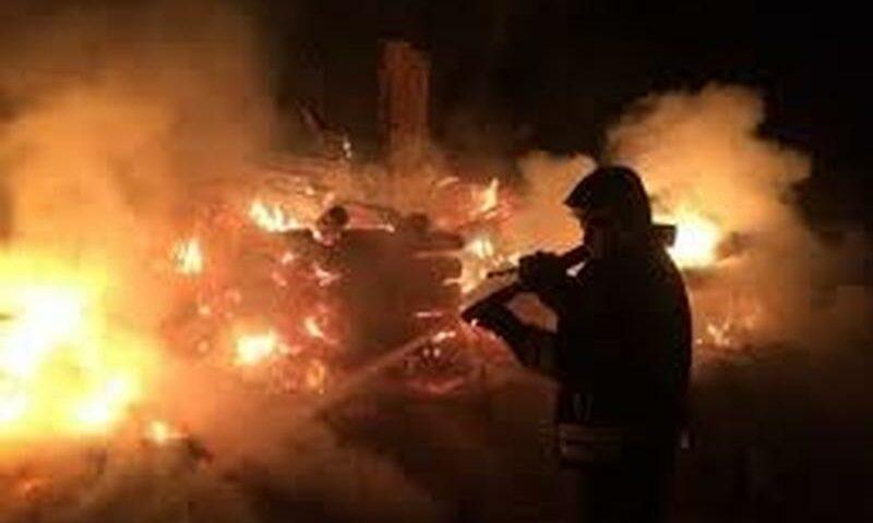 На улице Лациса сгорел гараж